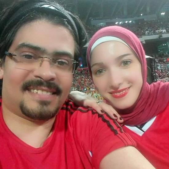 أحمد أنيس شاب سقط من الكرسى المتحرك فرحا بفوز المنتخب