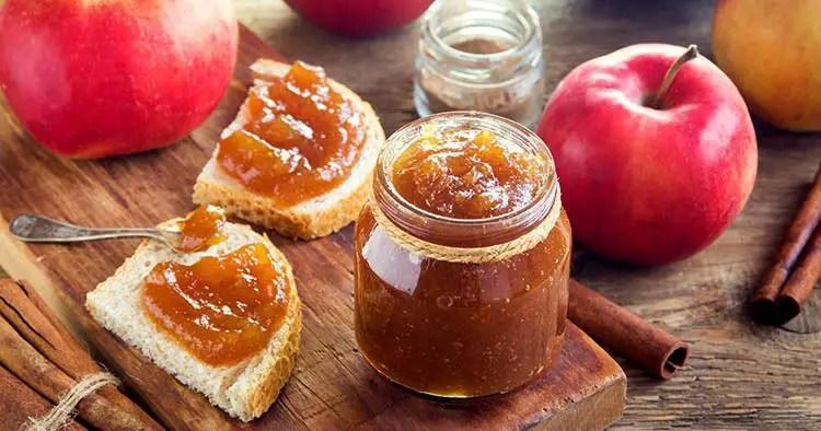 homemade-sweet-apple-butter-cinnamon-organic