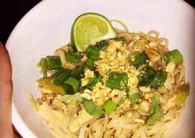 Instant Pot Chicken Pad Thai