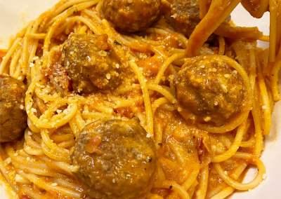 Instant Pot Best Spaghetti & Meatballs