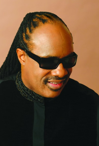 stevie-wonder-official-photo-by-eddie-wolf