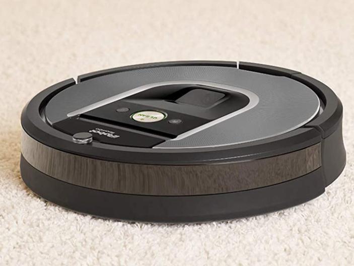 ¿Vale Roomba 960 para aspirar alfombras?