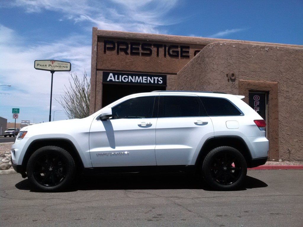 2015 JEEP GRAND CHEROKEE WITH DUB PUSH 20 GLOSS BLACK WHEELS AND TOYO TIRES (1)