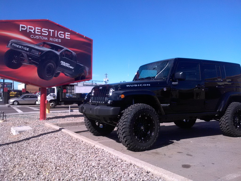 2015 JEEP RUBICON 3 ZONE LIFT FOX SHOCKS ROUGH COUNTRY STEERING STABLIZER AND FUEL HOSTAGE WHEELS WITH TOYO MT 20 3