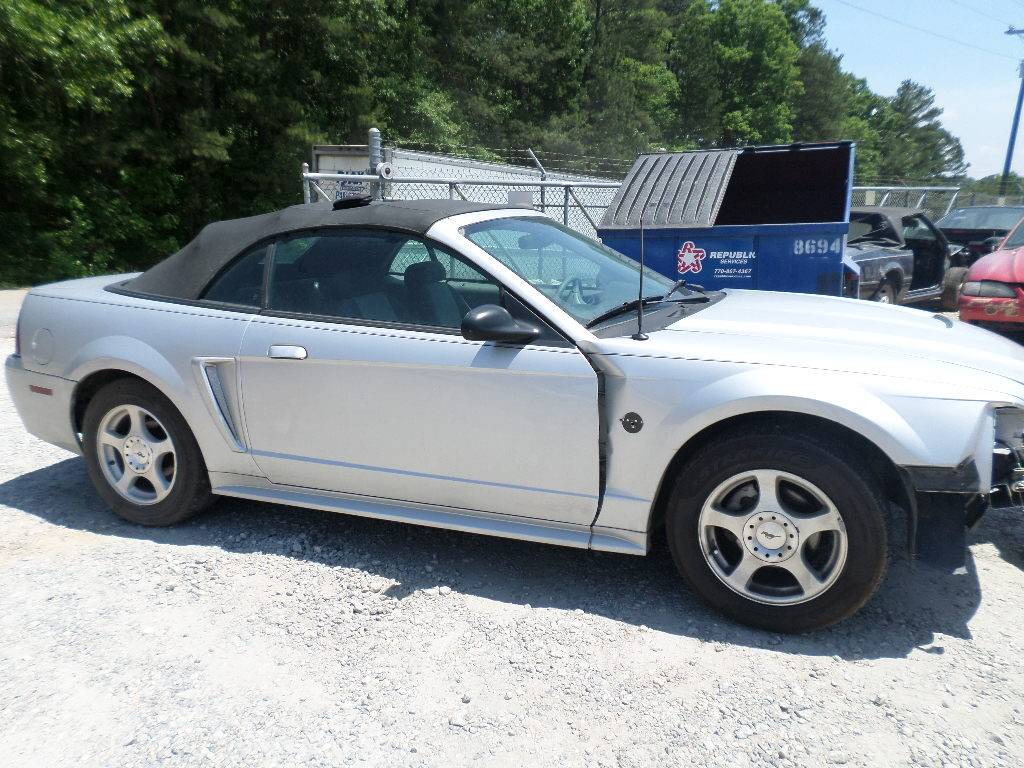 2004 Ford Mustang V6 4R7W Automatic