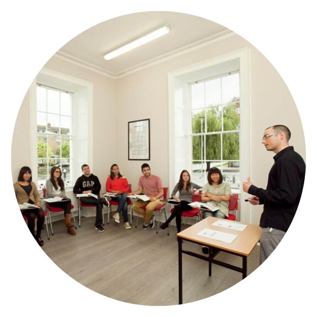 아일랜드유학박람회-상담안내 (4) 어학원상담 아틀라스
