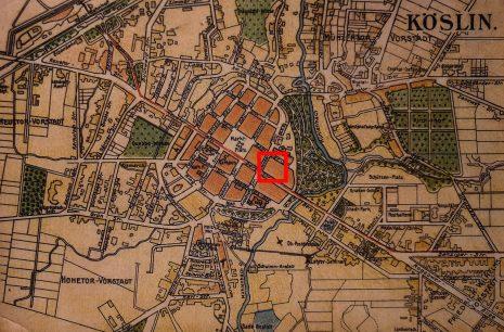 Plan Koszalina z okresu przed I wojną światową, czerwony prostokąt wskazuje lokalizację fabryki Carla Waldemanna (Archiwum Studia Historycznego Huzar).