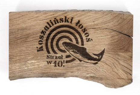 Za sprawą koszalińskiego Studia Reklamy Kruart temat słynnego łososia powrócił w 2016 r. W ramach kampanii promującej ten lokalny produkt powstały m.in. nowe miejskie pamiątki.
