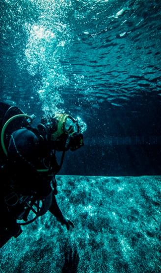 w14.08.20-LH-FEAT-Police-Divers-DFulgencio-0232