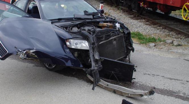 V štirih prometnih nesrečah kar sedem ljudi poškodovanih