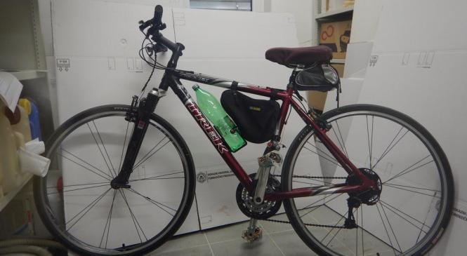 Policisti PP Ilirska Bistrica iščejo lastnika kolesa na sliki