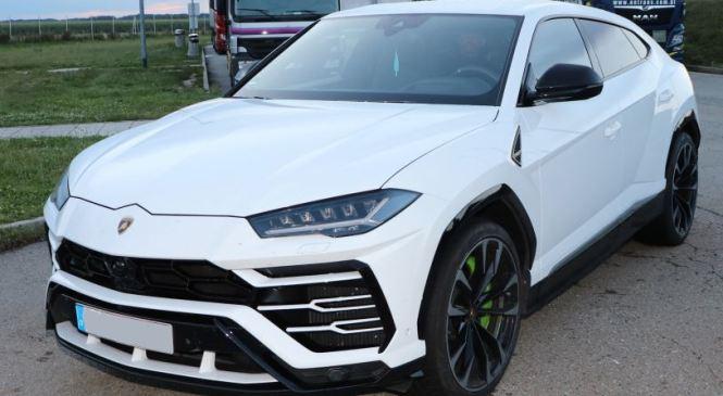 Policisti zasegli ukraden Lamborghini