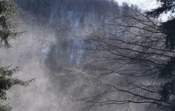 Gorski reševalci intervenirali trikrat, v enem primeru se je obisk gora končal smrtjo planinca