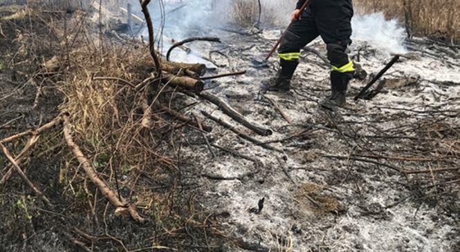 Očeslavci: Domačin zakuril suho travo, ogenj pa mu je ušel izpod nadzora