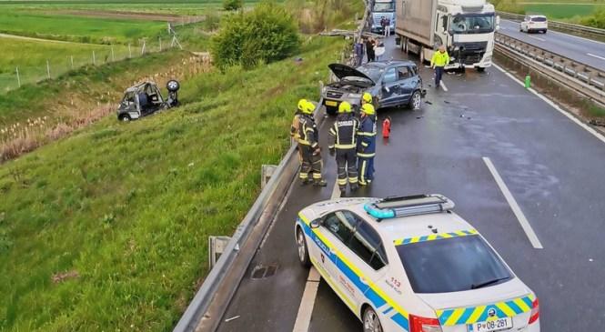 Jutranja prometna nesreča na pomurski avtocesti