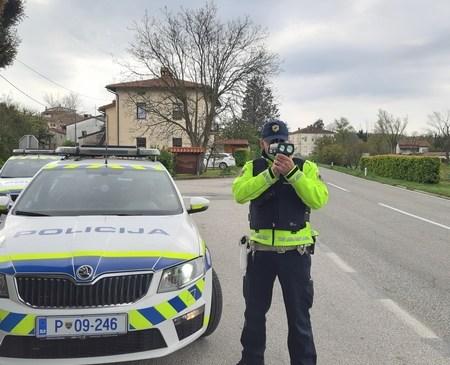 Policisti na območju Radovljice poostreno nadzirali promet
