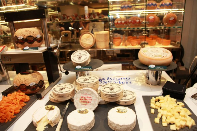 BUFFET ISIGNY STAY Sofitel fashion & fromage