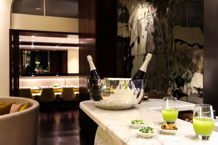hotelmontalembert_bar_champagne