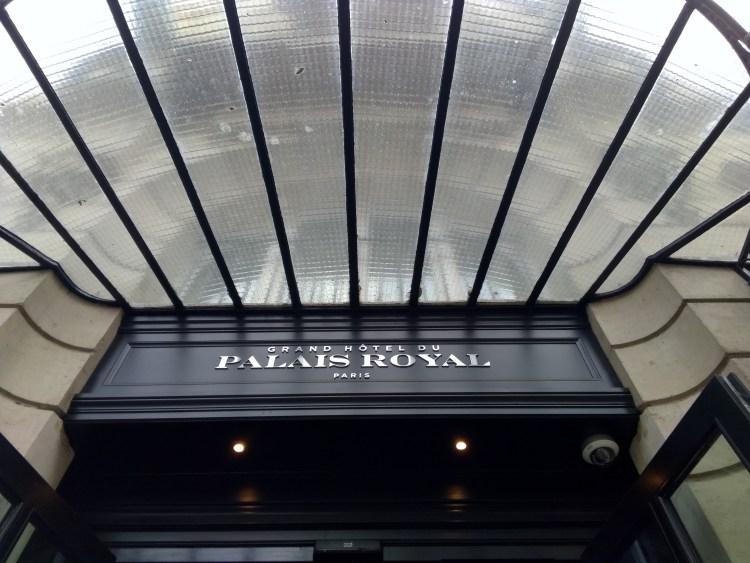 Grand Hôtel Du Palais Royal entrance