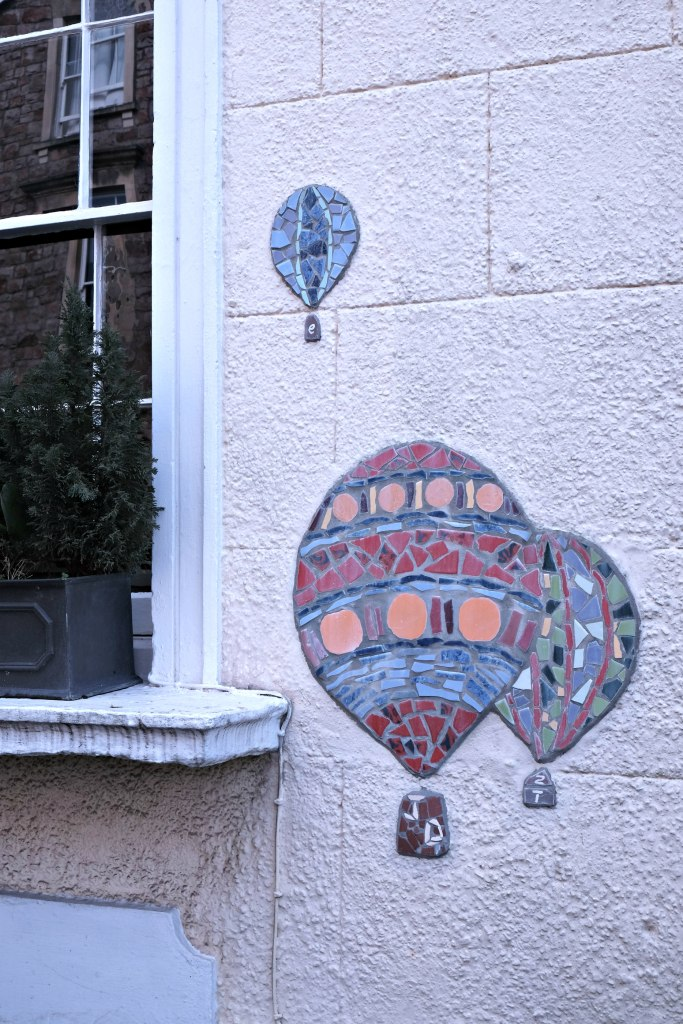 PIcture of hot air balloon tiles in clifton.  48 hours in clifton itinerary.