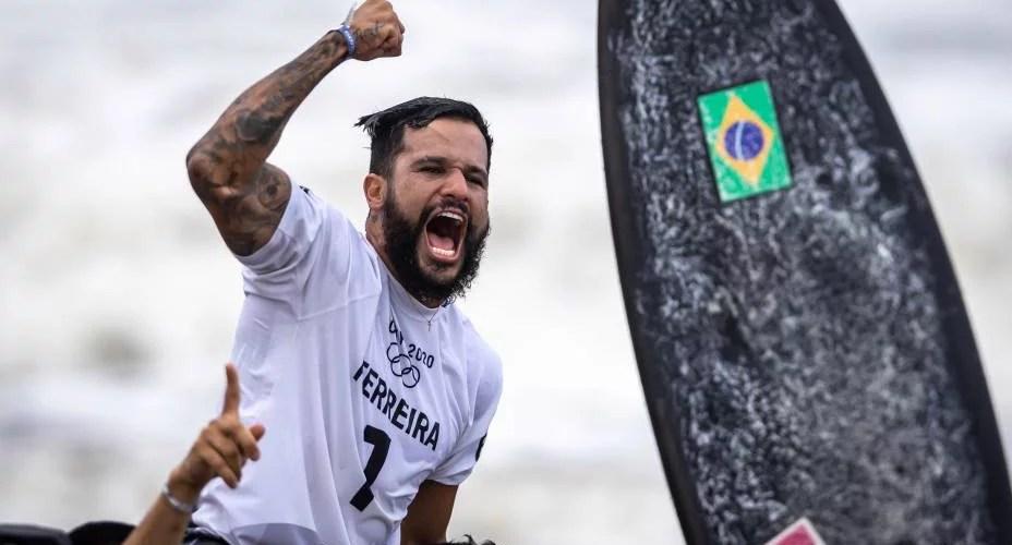 Nordestino Italo Ferreira conquista primeiro ouro do Brasil nas Olimpíadas de Tóquio