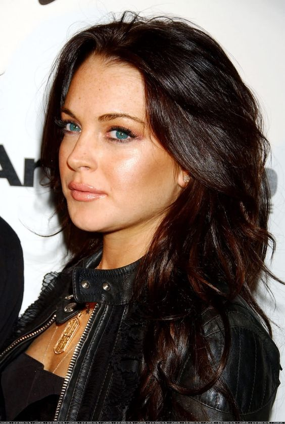 Dark Brown Hair Color With Lowlights