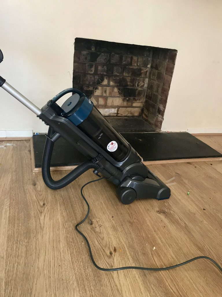 A Vacuum Cleaner That Makes Housework Easier – Hoover Vortex Pets WR71VX04