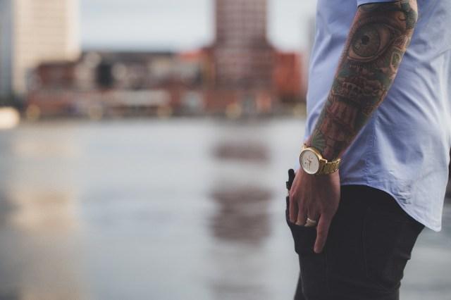 Ontslagen worden door tatoeages: mag dat?