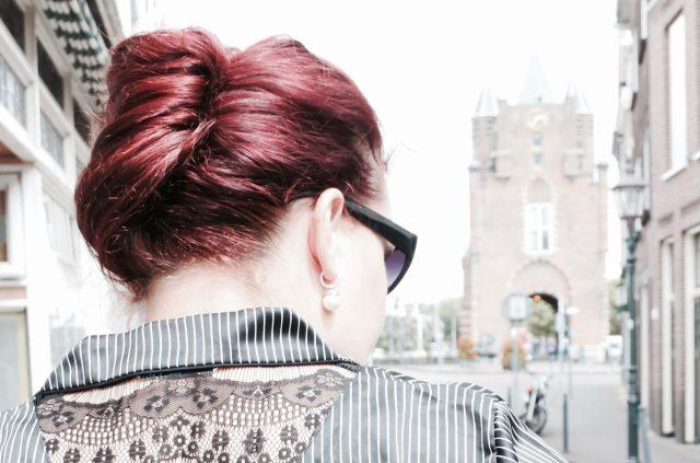 Je haren bruin verven voor een serieuze uitstraling?