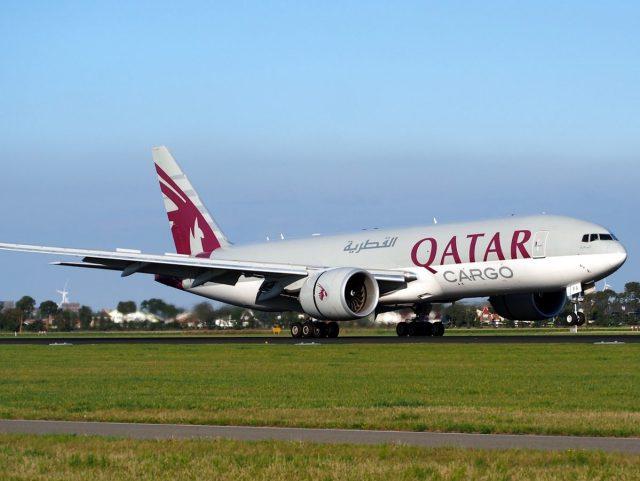 Qatar Airways draws bizarre dresscode