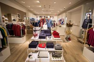 LACOSTE store interior
