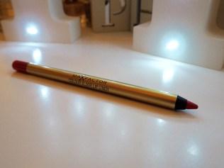 Max Factor Marilyn Berry Elixir Lipstick Review Swatch Colour Elixir Lip Liner 10 Red Rush