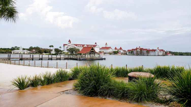 the view of the grand floridian from the polynesian