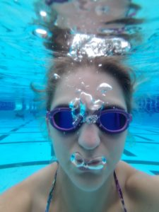 I took my first underwater selfie! #swimfie