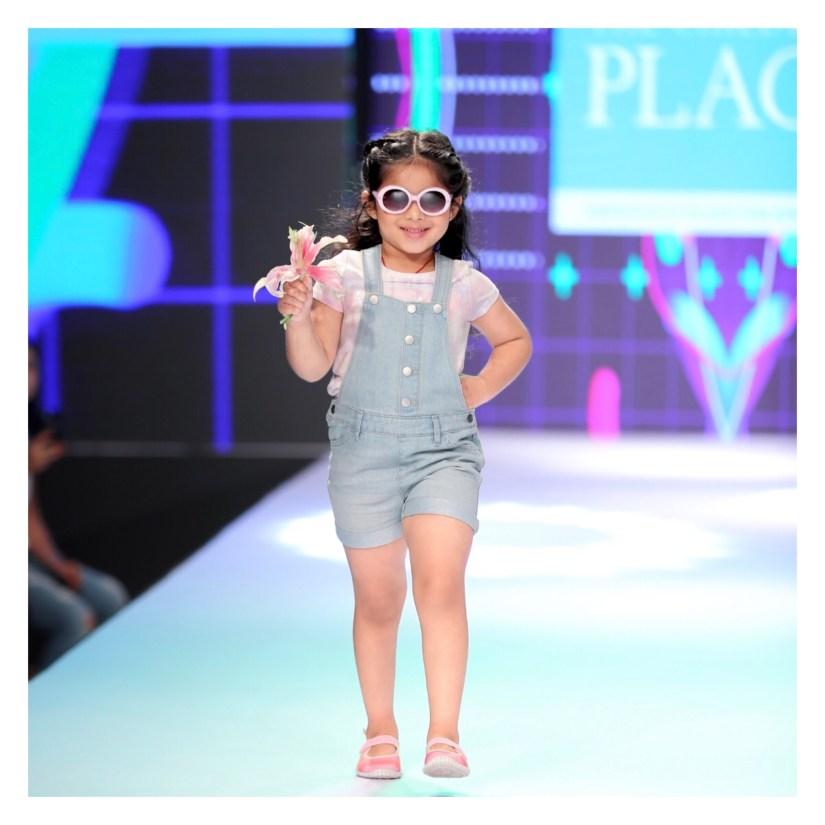 Junior fashion week