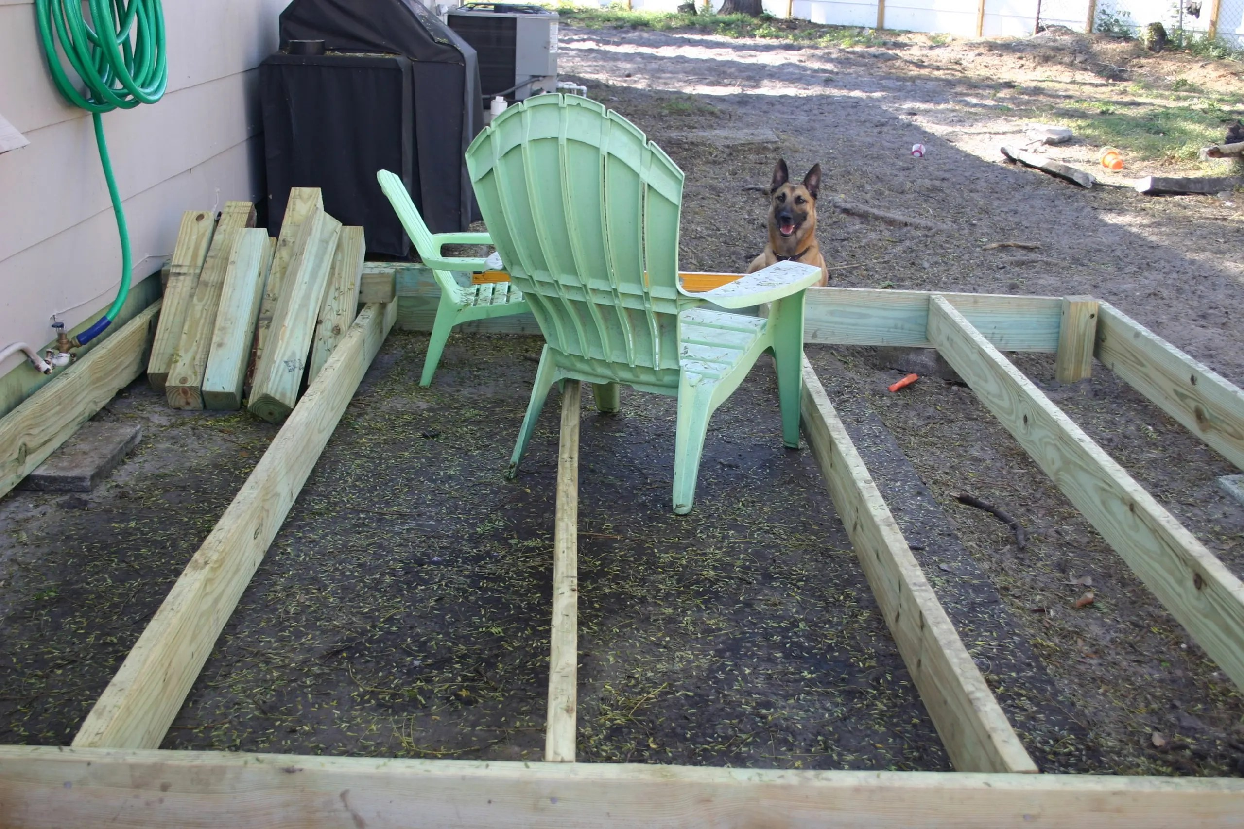 floating deck frame - fantasizing of being out of the dirt
