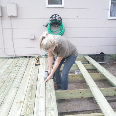 How I Built my DIY Floating Deck for less than $500