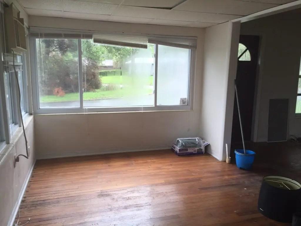window storage bench - before