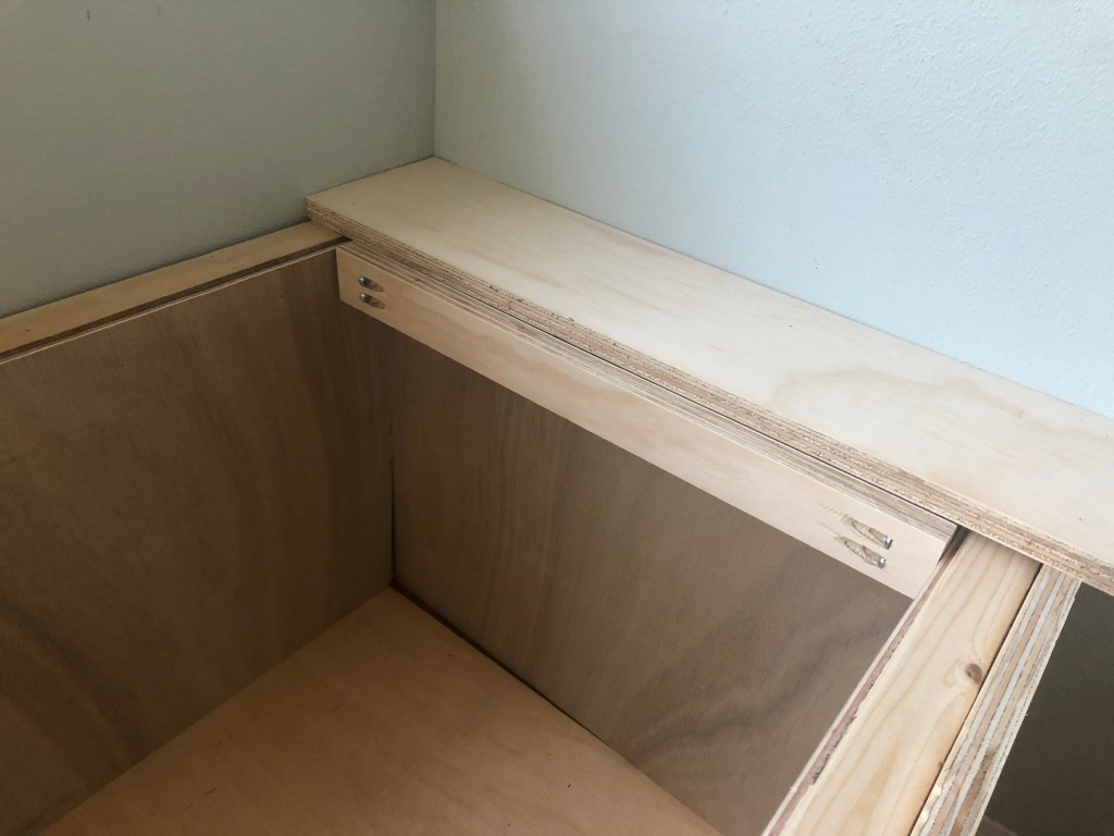 DIY storage bench with lid