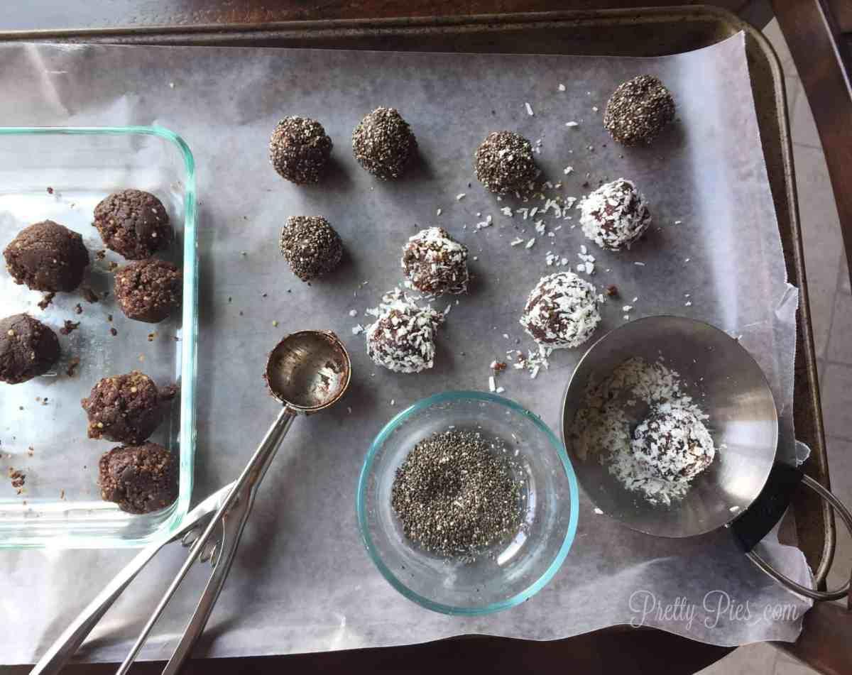 60-Second Brownie Bites | PrettyPies.com