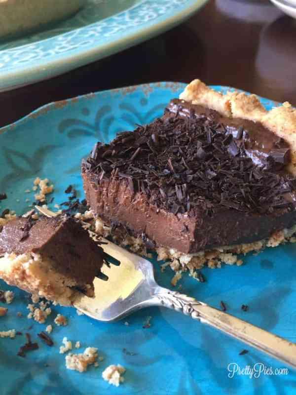 Secret Ingredient Chocolate Silk Pie   Pretty Pies {vegan, gluten-free, healthy}