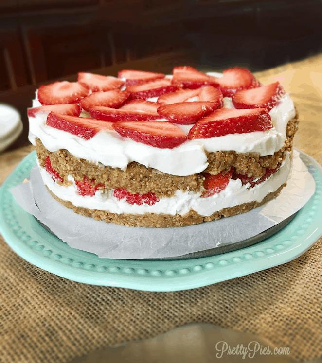 Peanut Butter Strawberry Shortcake | Pretty Pies