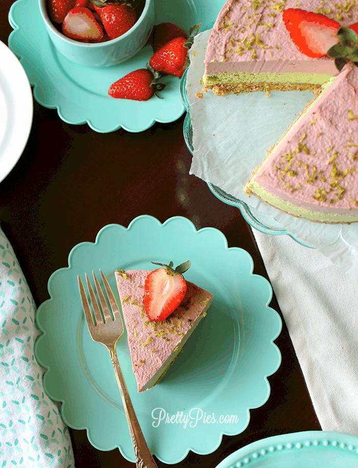 Low-Carb Strawberry Lime Cheesecake (Vegan, Paleo) PrettyPies.com