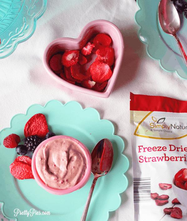 Strawberry Mousse (Vegan, Paleo) PrettyPies.com
