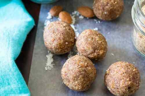 Vanilla Nut Bliss Balls (keto, paleo, vegan) PrettyPies.com