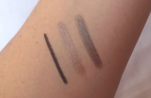 essence Valentine - Who Cares Trend Edition 01 sisters before misters kajal & 01 love is in the air – don´t breathe! and 02 l.o.v.e. blah blah blah eyeshadow sticks swatches
