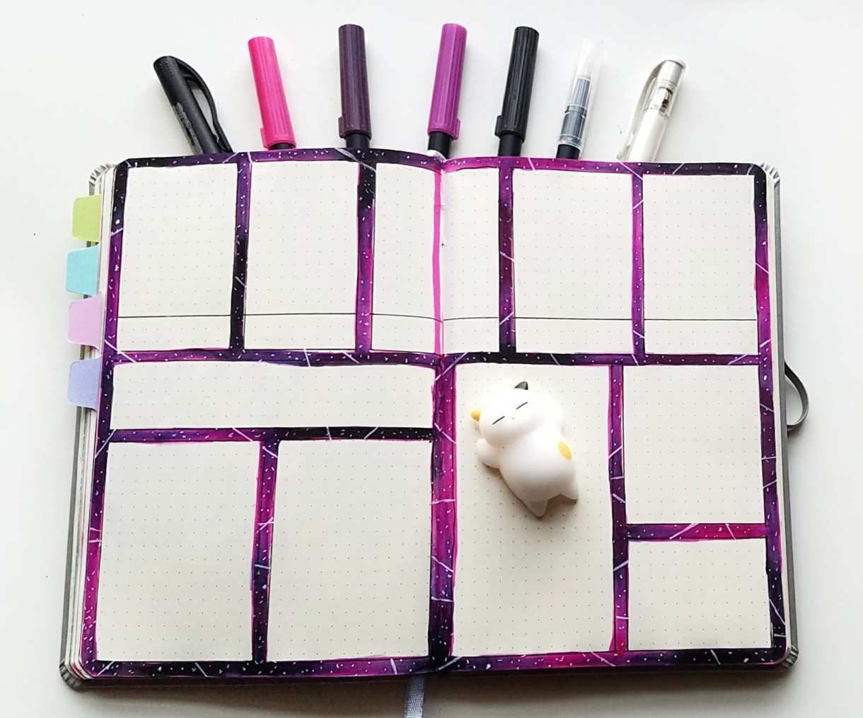 Learn how to create a galaxy style bullet journal layout