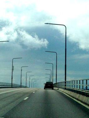The trip back along the bridge
