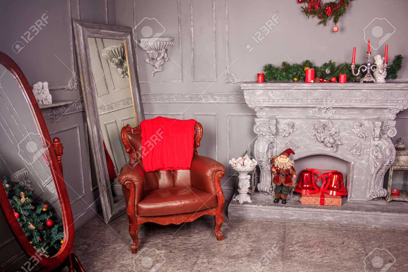 The Decoration Of The Christmas Decorations Small Living Room