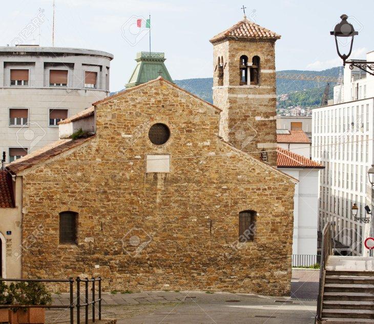 Basílica De San Silvestre, Trieste Fotos, Retratos, Imágenes Y ...